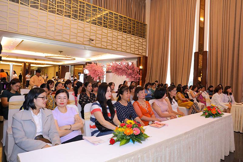 Hành trình sắc đẹp chuẩn Nhật mang giải pháp chăm sóc sắc đẹp chuẩn y khoa đến hàng triệu phụ nữ Việt