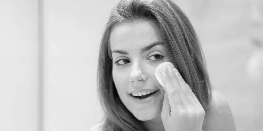 Bí quyết để có làn da đẹp kể cả khi phải trang điểm nhiều