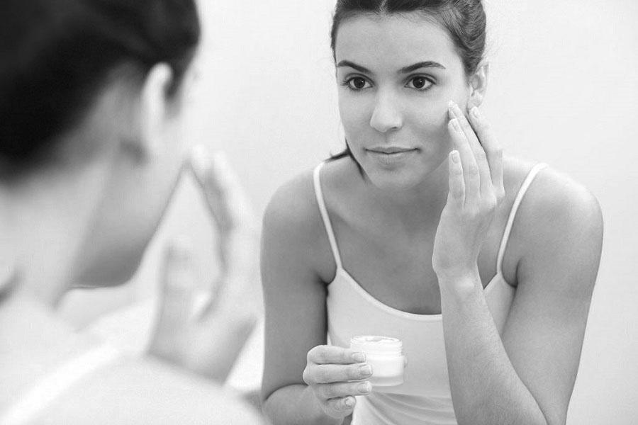 4 bước sử dụng kem dưỡng đúng cách